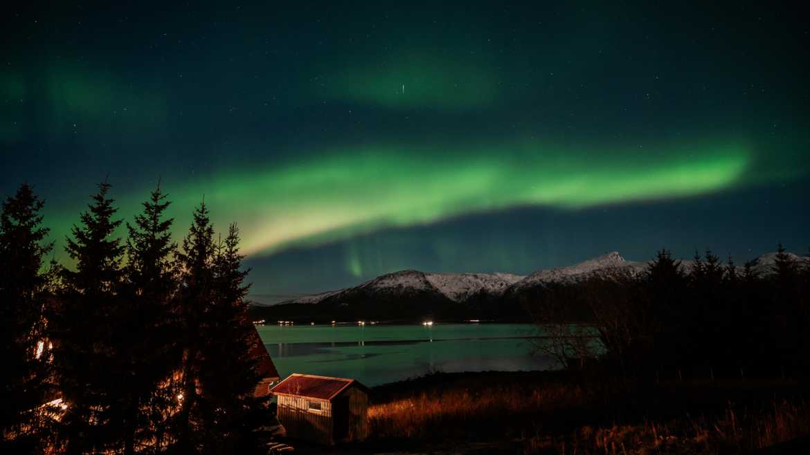 Guide to chasing Northern Lights or Aurora