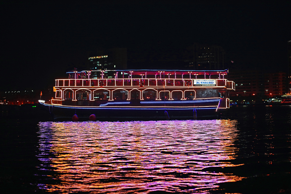Locals_Guide_Dubai_Dhow_Cruise_Dubai