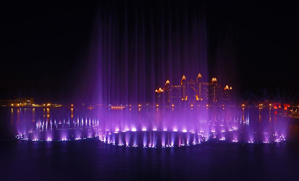 Locals_Guide_Dubai_Palm_Fountain_show