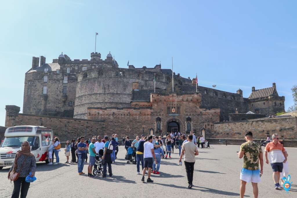 Edinburgh Castle Square