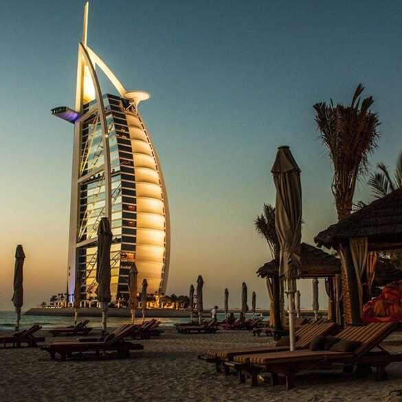 Locals_Guide_Dubai_Burj_Al_Arab