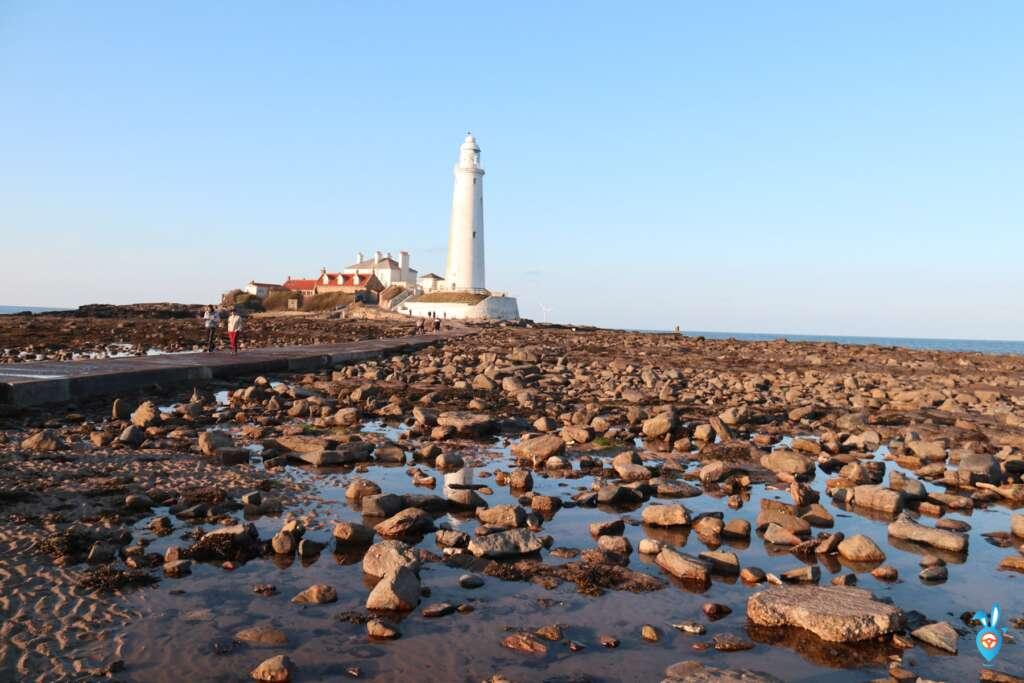 whitley bay beach st marys lighthouse